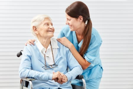 Reasons-to-Avail-Skilled-Nursing-Services-for-Seniors