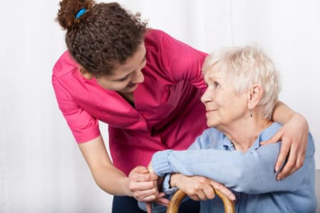 Benefits of Hiring a Home Health Aide
